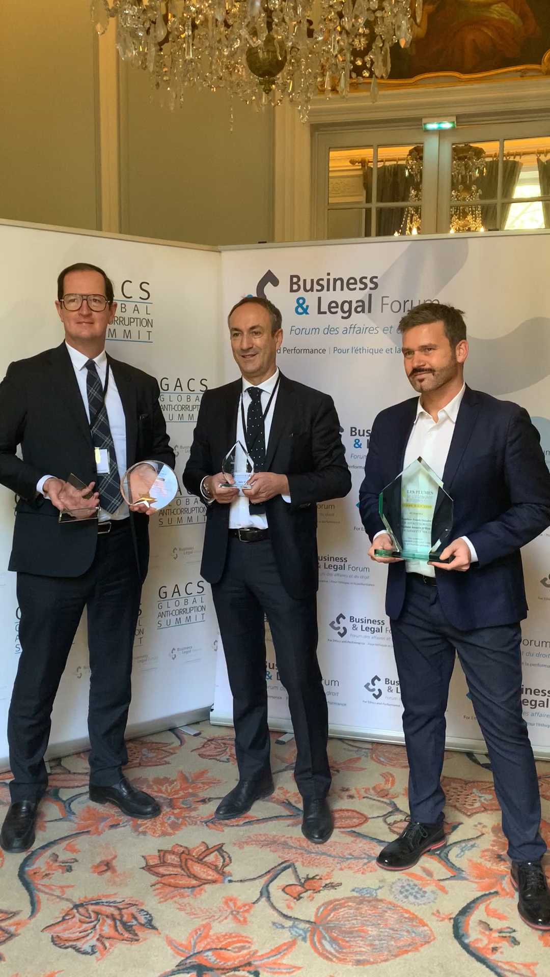 BLF | Les Plumes de l'économie et du droit 2020 | Philippe Dupichot, Didier G. Martin et Franck Guiader, lauréats, représentaient le cabinet à cette occasion.